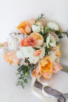 Summer hand tied bouquet idea #Beautiful Flowers