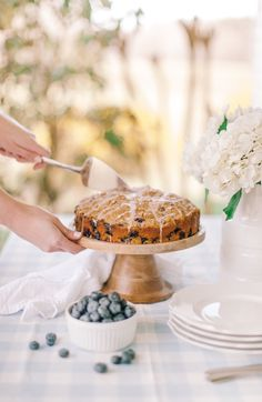 This Blueberry Crumble Muffin Cake is a quick