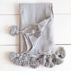 Our Moroccan throw with pompoms is the cosiest. And its oversized pompoms are perfect! Twin Xl Bedding, Queen Size Bedding, Moroccan Bed, Cosy Bed, Bohemian Interior, Foot Of Bed, Sofa Throw, Bed Throws, Hand Weaving