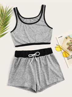 Tween Fashion, Girls Fashion Clothes, Teen Fashion Outfits, Fashion News, Girl Outfits, Clothes For Women, Cute Lazy Outfits, Simple Outfits, Casual Outfits