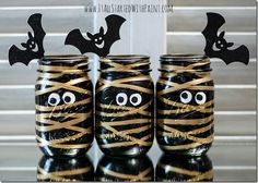 Painted Mummy Masons - Mason Jar Crafts Love - http://masonjarcraftslove.com/painted-mummy-masons/