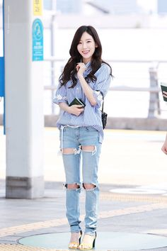 Photo album containing 22 pictures of Taeyeon Snsd Airport Fashion, Taeyeon Fashion, Kpop Fashion, Korean Fashion, Fashion Outfits, Kpop Girl Groups, Kpop Girls, Kpop Outfits, Japanese Fashion