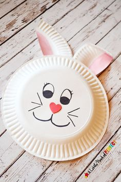 Paper Plate Bunny Rabbit Craft for Kids: Perfect for spring, Easter, or crafting after enjoying a bunny book with the kids. Paper Plate Crafts For Kids, Easy Easter Crafts, Easter Crafts For Kids, Paper Crafts, Easter Decor, Easter Centerpiece, Rabbit Crafts, Bunny Crafts, Easter Activities
