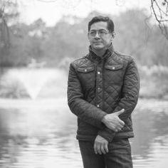 NOMBRE: JOSÉ ANTONIO ALCÁNTARA.  PROFESIÓN/OCUPACIÓN: INSTRUCTOR DE YOGA, PSICOTERAPÉUTA GESTALT.  EDAD:  40 AÑOS  NACIONALIDAD: MEXICANA  FACEBOOK: www.facebook.com/joseantonio.alcantara