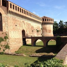 Rocca Sforzesca di Imola - Instagram by rumianka