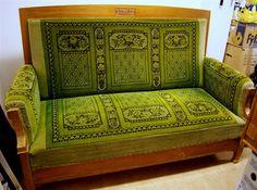 Grön antik jugend bäddbar soffa