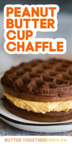 This chaffle is the perfect sweet treat when you're craving peanut butter! The recipe is so quick and easy to make that it will quickly become your go-to keto dessert staple. Low carb dessert doesn't get much better than this! Low Carb Sweets, Low Carb Desserts, Low Carb Recipes, Free Recipes, Keto Dessert Easy, Dessert Recipes, Dessert Dishes, Great Desserts, Crepes