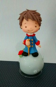 il piccolo principe Fondant Cake Tutorial, Fondant Toppers, Fondant Cakes, Polymer Clay Figures, Polymer Clay Dolls, Fondant Figures, Little Prince Party, The Little Prince, Kids Clay