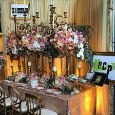 awesome vancouver wedding Come visit us at the Wedding Fair @westinbayshore. We will be here all day today and tomorrow! #weddingfloral #weddingdecor by @koncept.events  #vancouverwedding #vancouverweddingdecor #vancouverwedding