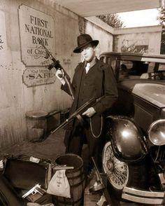 Italian Mafia Pictures | New York mafia circa 1929, about the time the mafia was getting its ...