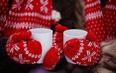 Wallpaper gloves, cups, tea, red hands, winter wallpapers mood - download