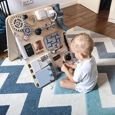 Podwójna rozkładana tablica manipulacyjna Woobiboard You are in the right place about Diy Kids Toys Diy Busy Board, Busy Board Baby, Toddler Busy Board, Baby Sensory Board, Toddler Activity Board, Sensory Boards, Sensory Wall, Toddler Toys, Baby Toys