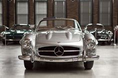 300SL Roadster, you know you want one.