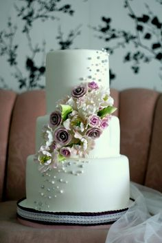 gorgeous floral cake