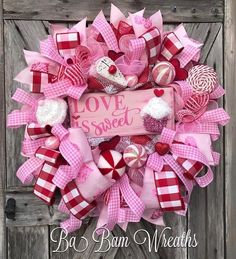 Totally Adorable Wreath Ideas For Valentines Day 03 – Spring Wreath İdeas. Diy Valentines Day Wreath, Valentines Day Decorations, Valentine Day Crafts, Be My Valentine, Valentine Ideas, Diy Spring Wreath, Diy Wreath, Wreath Ideas, Wreath Making