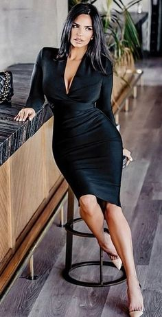 Chic Black Outfits, Sexy Outfits, Sexy Dresses, Fashion Outfits, Classy Women, Fit Women, Sexy Women, Belle Silhouette, Elegantes Outfit