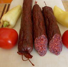 Making a sausage - Házikolbász készítése - süssünk-főzzünk. Salami Recipes, Homemade Sausage Recipes, Charcuterie, Hungarian Recipes, Smoking Meat, The Cure, Bacon, Cooking Recipes, Desserts