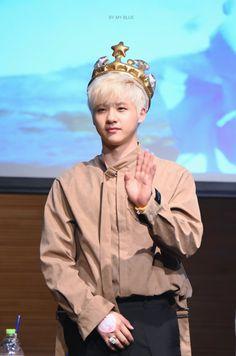 B1A4_ Cnu _ fan sign event_ rollin'