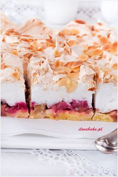 Ciasto z musem czekoladowym i wafelkami - I Love Bake Rhubarb Recipes, Pie Recipes, Sweet Recipes, Dessert Recipes, Cooking Recipes, Pumpkin Cheesecake, Cookie Desserts, Something Sweet, Cake Cookies