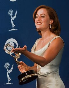 Gillian Anderson and her epic Emmy winning awesomeness. Gillian Anderson Movies, Stella Gibbons, David And Gillian, Chris Carter, Dana Scully, Sci Fi Series, David Duchovny, Life Goes On, Light Of My Life