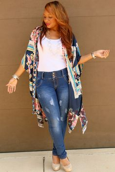 f783aa64f18 Catlyn+Kimono+with+Trish+M Jeans Style