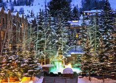 Make time for a carriage ride through town with Santa and Mrs. Claus at AAA Four Diamond The St. Regis Aspen in Colorado. The Places Youll Go, Places To Go, Travel Around The World, Around The Worlds, International Holidays, Christmas Preparation, Christmas Travel, Christmas Decorations, Holiday Decor
