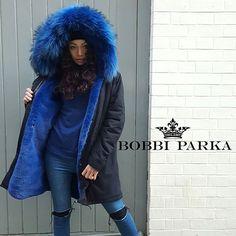 Our stunning black 3/4 black Parka with blue fur👌 www.bobbiparka.com  #bespokeparka #furcoat #london #furjacket #bobbi_parka #parkacoat #boutique #parka #hats #furhats #pompomhat #fblogger #instafashion #aw16 #instablogger #winterparka #awparka #selfridges #la #ny #furparka #harrods #ny #shopping #harveynicols #ootd #christmas #lovebobbiparka