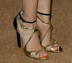 "Lizzy Caplan in Brian Atwood ""Hester"" sandals"