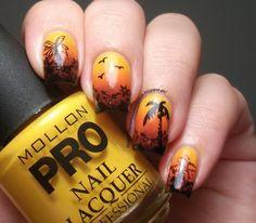 The Clockwise Nail Polish: Mollon Pro Nº126 Moutarde Douce & Sunset Manicure