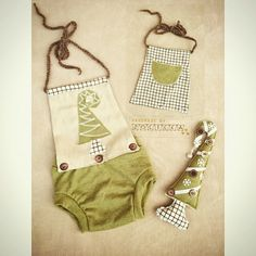 Baby dress photoprops... With grinch tree