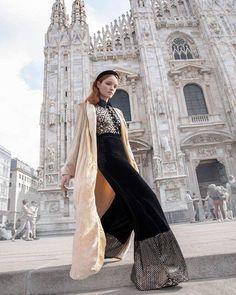 Polka dot πουκάμισο  #style#fashion#chic#elegant#streetstyle #fashionable#stylish#designer#instafashion#fashionkalogirou#fashiondaily #ootd#outfitinspiration #greekfashion#newarrivals #newcollection #instafashion#fashiondaily#instadaily#styleoftheday#instastyle#fashionmodel#store#instafollow#instalike#dailylook Style Fashion, Polka Dot, Elegant, Chic, Stylish, Store, Dresses, Classy, Shabby Chic