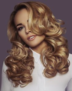 Inanch Long Blonde Hairstyles