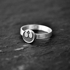 If you are looking for a cool gift for your best friend or your loving ones, then this slightly oxidized 925 sterling silver Star Wars Rebel Alliance ring is the perfect choice!! Geek, cool and beautiful!