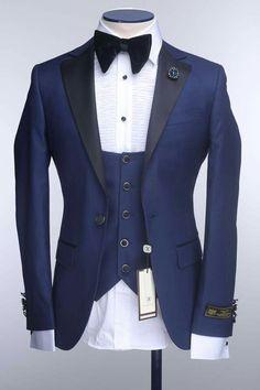 Best Suits For Men, Cool Suits, Mens Suits, Formal Attire For Men, Mens Attire, Engagement Suit For Man, Suit Fashion, Mens Fashion, Grey Tuxedo