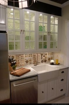 "Love this ""Dear Genevieve"" kitchen!"