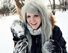 yes, wigs are arguably kind of tacky and maybe a little gross but i love the color of this one and kind of really want it so i can have pretty silver hair every so often..