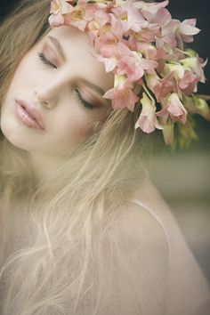 Photo shoot for a bridal magazine featuring Remy Ryan as our Ethereal Beauty. Gatsby Headband, Ethereal Beauty, Floral Crown, Belle Photo, Flowers In Hair, Beach Flowers, Girly Girl, Pink Girl, Her Hair