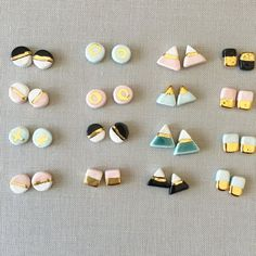 A lot of gold earrings aren't made of pure gold considering that it can be rather soft and not extremely useful for day-to-day wear. Ceramic Jewelry, Polymer Clay Jewelry, Resin Jewelry, Diy Jewellery Dish, Polymer Clay Kunst, Polymer Clay Projects, Diy Clay Earrings, Diy Earrings Studs, Pottery Shop