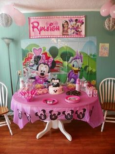 Minnie Mouse Party Package complete with custom made banner, plates, invitations, cups, napkin wrappers, water bottle labels, juice box covers, and name garland.