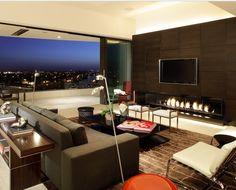 Virou moda Painéis para sala de TV por ser uma soluções inteligente e criar um ambiente limpo e definido.Só colocar uma TV em uma parede pode ficar sem graça e com uma sensação que falta um acabame...