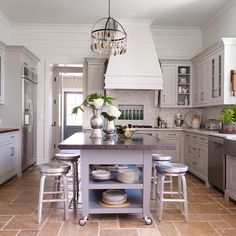 """8,682 Likes, 54 Comments - Better Homes & Gardens (@betterhomesandgardens) on Instagram: """"The creamy-white paneling and cottage-inspired flooring gives this neutral kitchen character you…"""""""