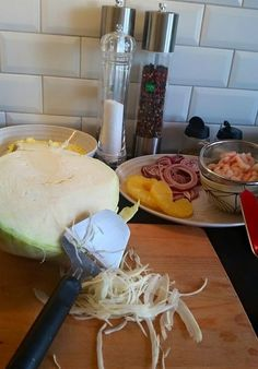sallad Raw Food Recipes, Cooking Recipes, Healthy Recipes, Friday Night Dinners, Naan, Meal Planning, Healthy Snacks, Side Dishes, Brunch