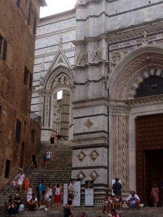 Uno scorcio del duomo di Siena
