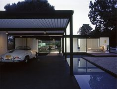 Julius Shulman Photographs Case Study House #21