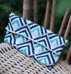 Free Knitting Pattern for Geometric Clutch