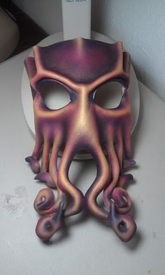 Another Cthulhu mask by ~ParkersandQuinn on deviantART
