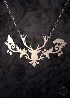 Deer, oak leaves and acorns, ravens... what's NOT to love?