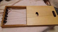自作楽器研究所|Homemade Instruments: ホームメイドリラにブレイジングをつけた|Homemade 5-Stringed Lyre