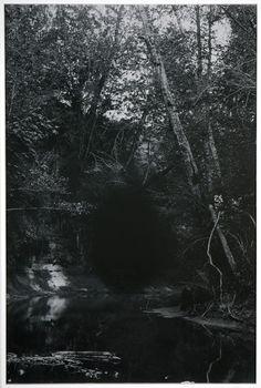Rosângela Rennó . lanterna mágica serie, 2012