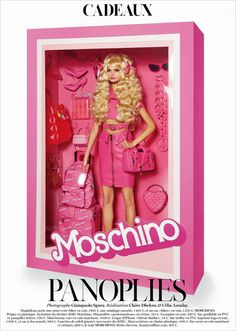 December 2014 ☞ Photography ☞ For the december/january 2015 issue of vogue paris, italian photographer Giampaolo Sgura has staged supermodels Magdalena Frackowiak and Elisabeth Erm as living dolls. Enclosed in barbie-like. Magdalena Frackowiak, Vogue Paris, Vogue Fashion, Fashion Dolls, Fashion Brand, Luxury Fashion, High Fashion, Dolly Fashion, Paris Fashion